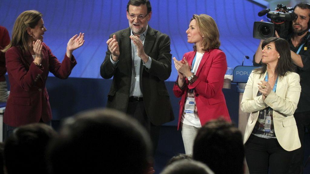 Rajoy apoya a Quiroga en la clausura del Congreso  del PP en San Sebastián