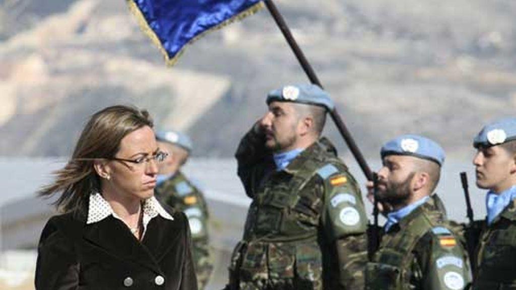 Chacón visita a las tropas españolas en Líbano