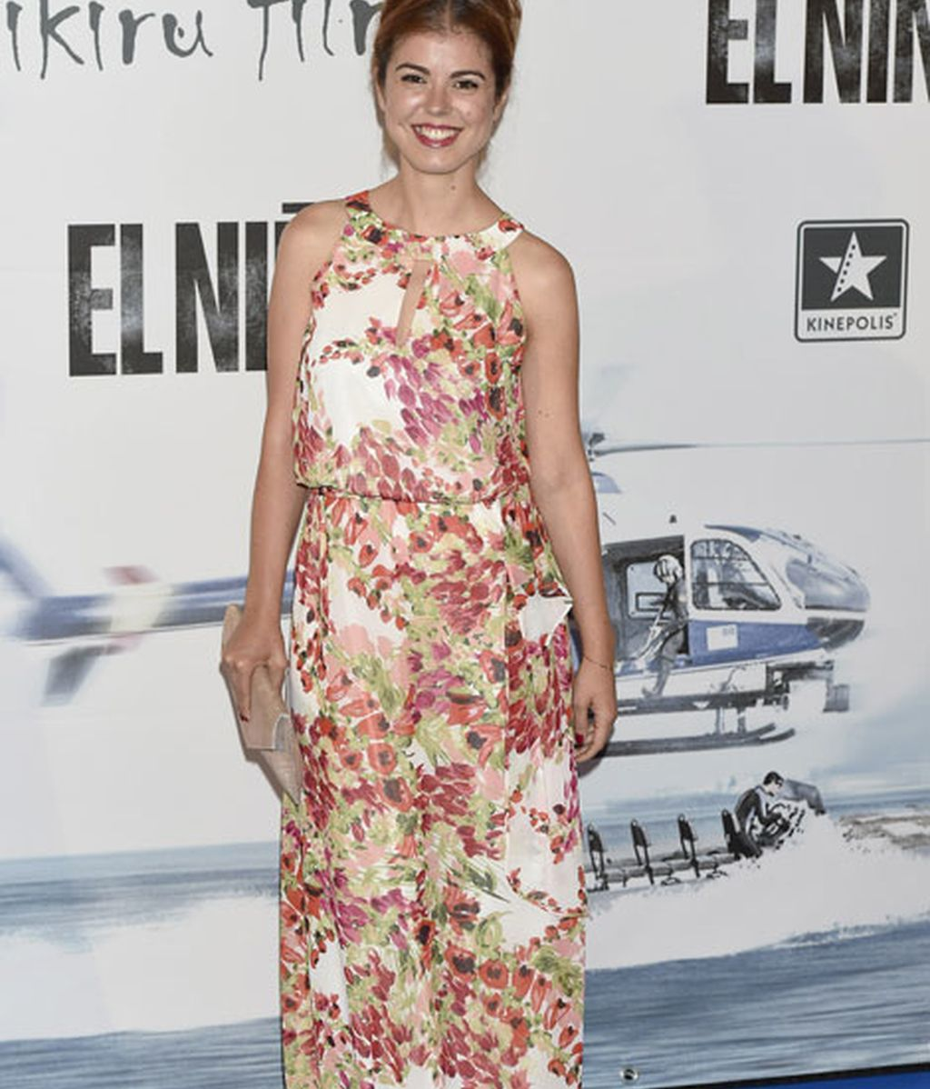 Manuela Velasco eligió un floreado vestido largo
