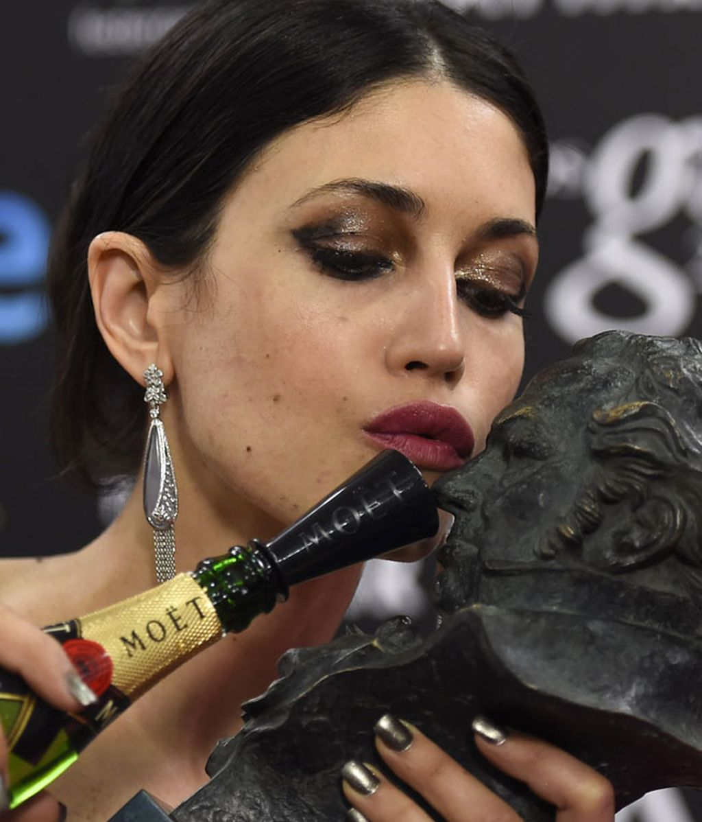 Nerea Barros y su cabezón a mejor actriz revelación