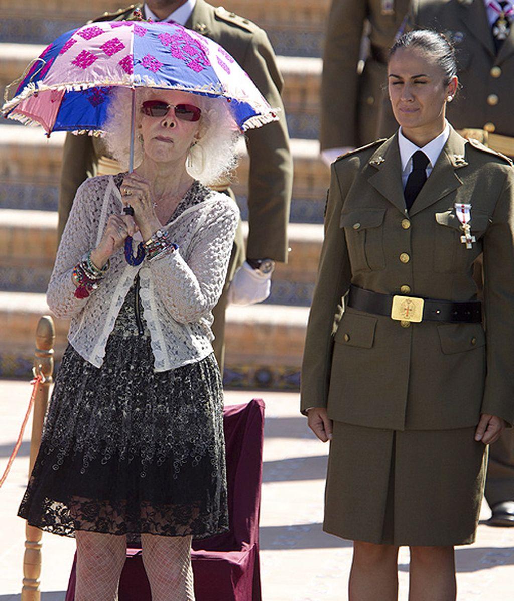 La Duquesa, firme por España; multicolor por amor