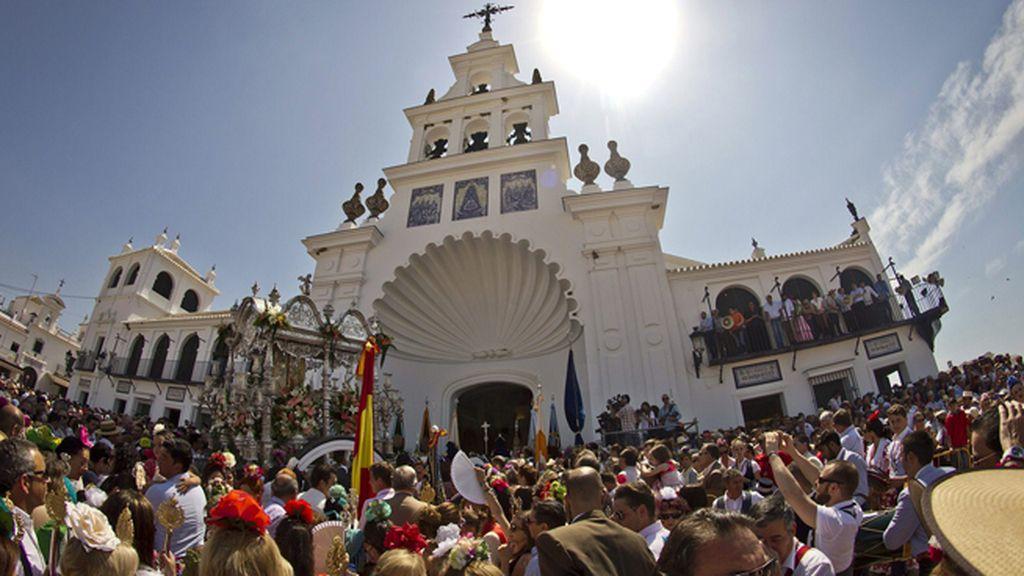 Se celebra El Rocío en Almonte, Huelva