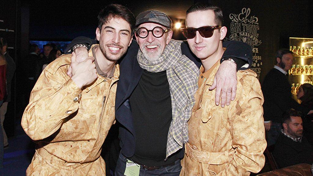Con el gran Antonio Alvarado. Nuestros looks son de Ana Locking