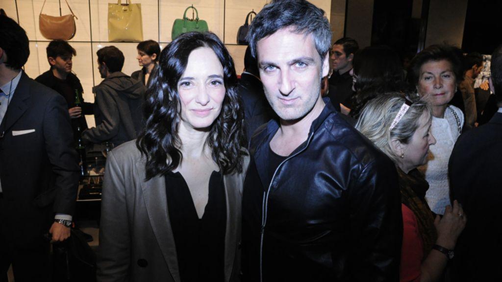 Ana Torrent y Ernesto Alterio en la inauguración de la nueva tienda de Emporio Armani