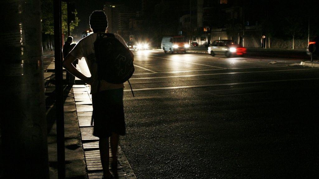 Cuatro regiones de Chile, sin luz por un apagón eléctrico.