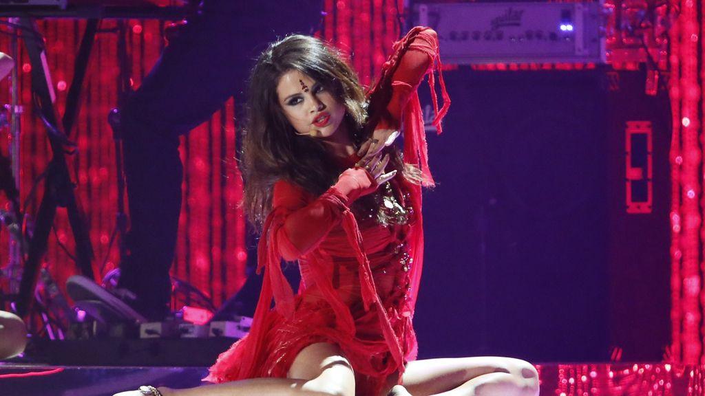 Selena Gomez lo da todo con su single 'Come and Get It'