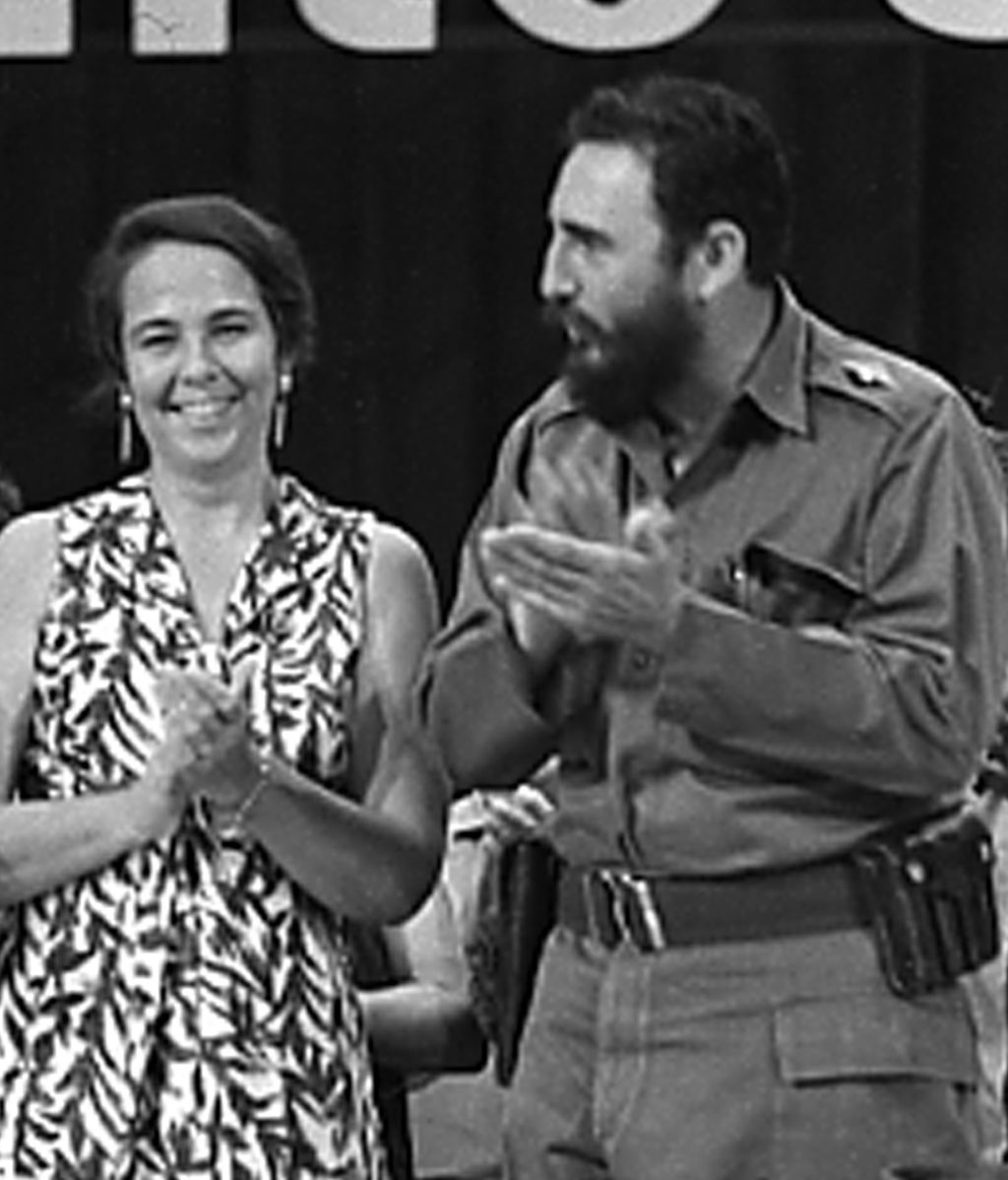 Con su esposa, Vilma Espin Guillois