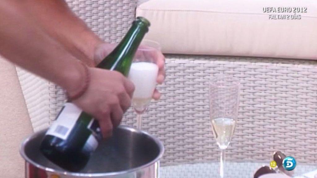 Fresas y champagne par acaldear el ambiente