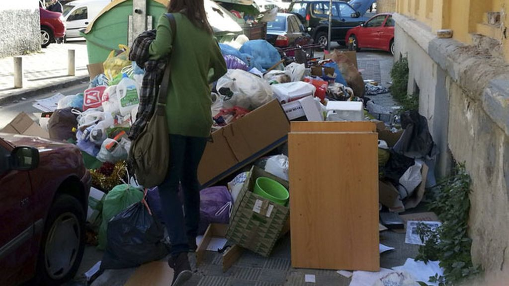 Continúa la huelga de basuras en Sevilla