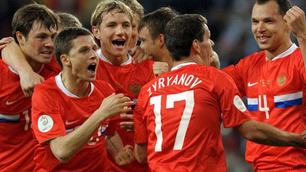 Rusia celebra su gol