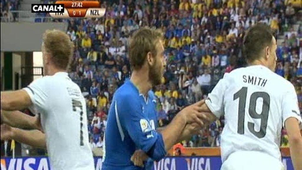 Grupo F: Italia 1 - 1 Nueva Zelanda