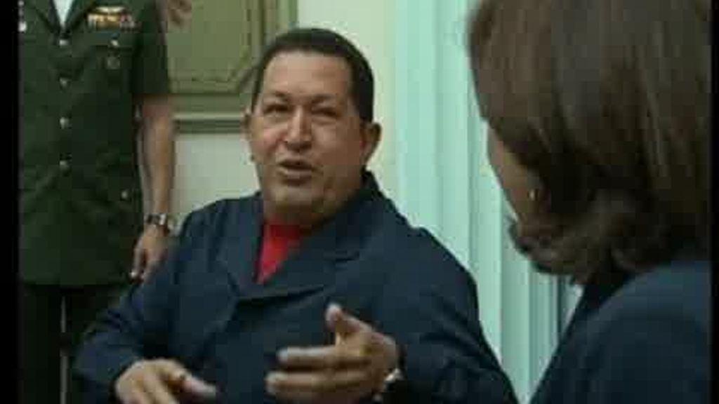 Chávez afronta las elecciones respaldado por una 'operación demolición'