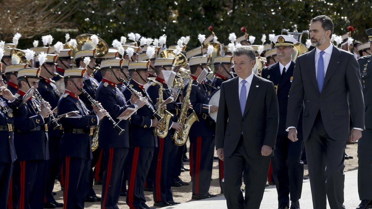 Felipe con el presidente de Colombia