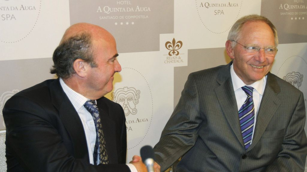 Luis de Guindos y el ministro alemán de Finanzas, Wolfgang Schaüble.