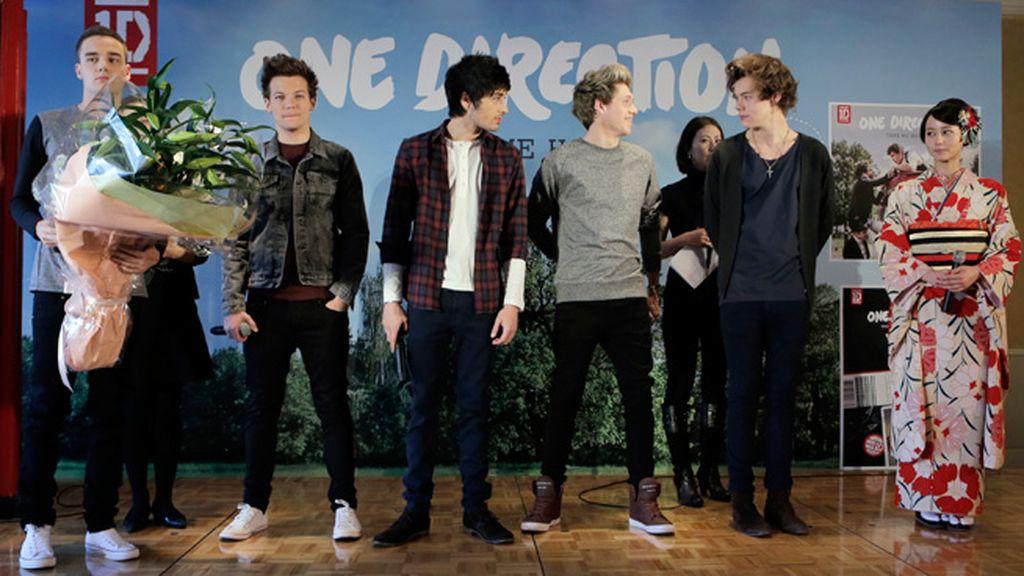 'One Direction' quiere comerse el mundo