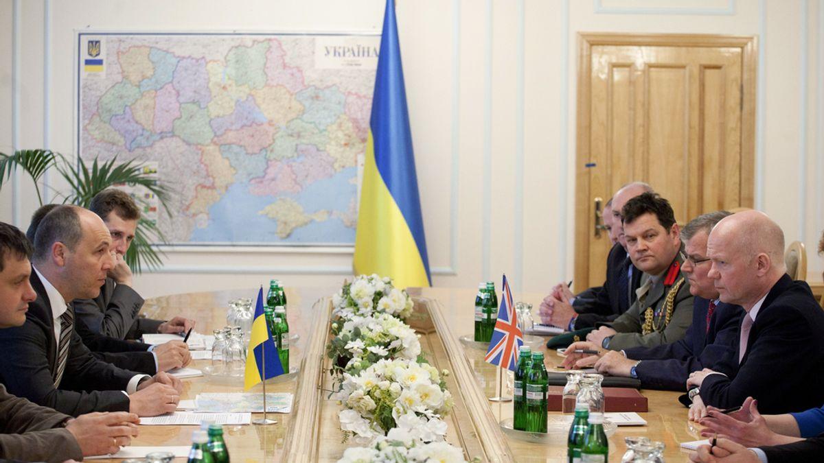 """Kiev dice estar listo para hablar con el este del país pero no con """"terroristas"""""""