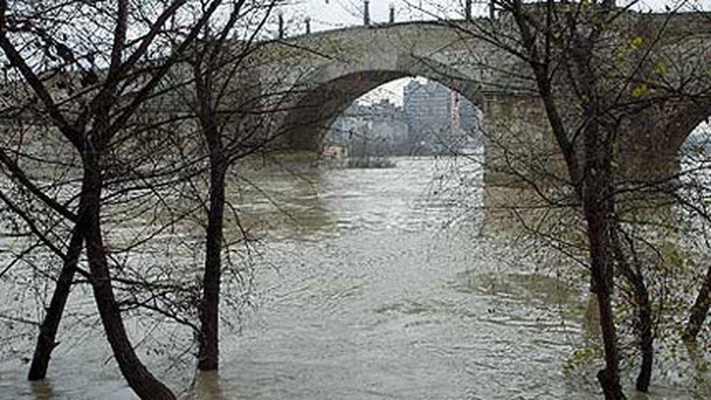 El Ebro alcanza su caudal máximo