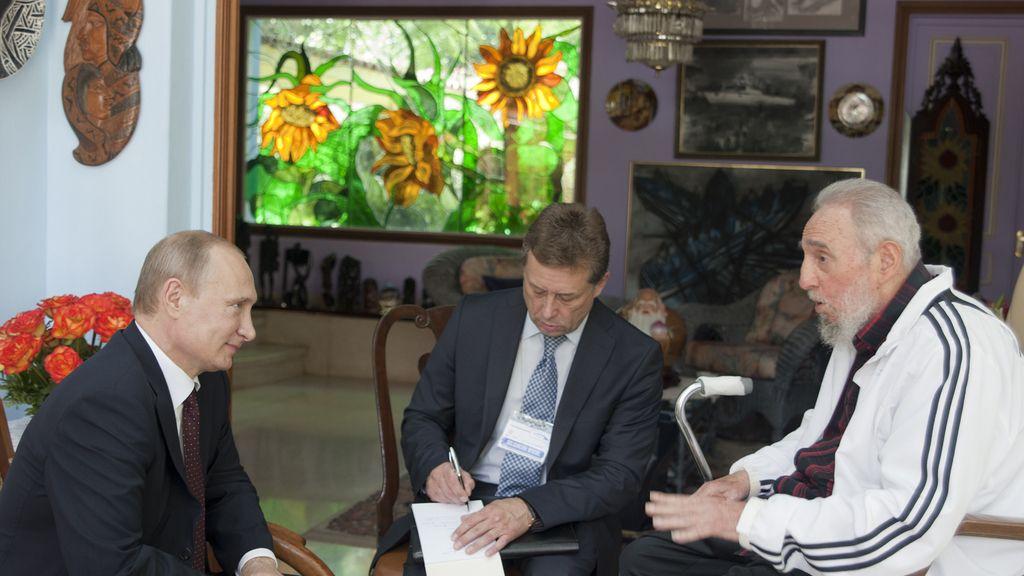 Fidel Castro en un encuentro con Putin
