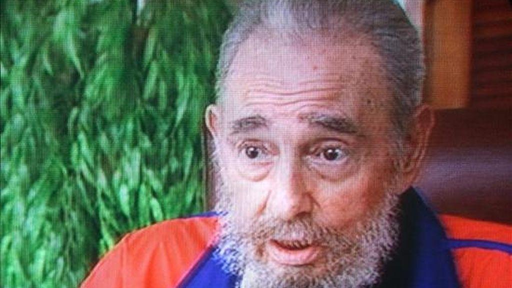 """""""No tememos dialogar con Estados Unidos. No necesitamos tampoco la confrontación para existir, como piensan algunos tontos; existimos precisamente porque creemos en nuestras ideas y nunca hemos temido dialogar con el adversario, escribió el ex presidente Fidel Castro. EFE/Archivo"""