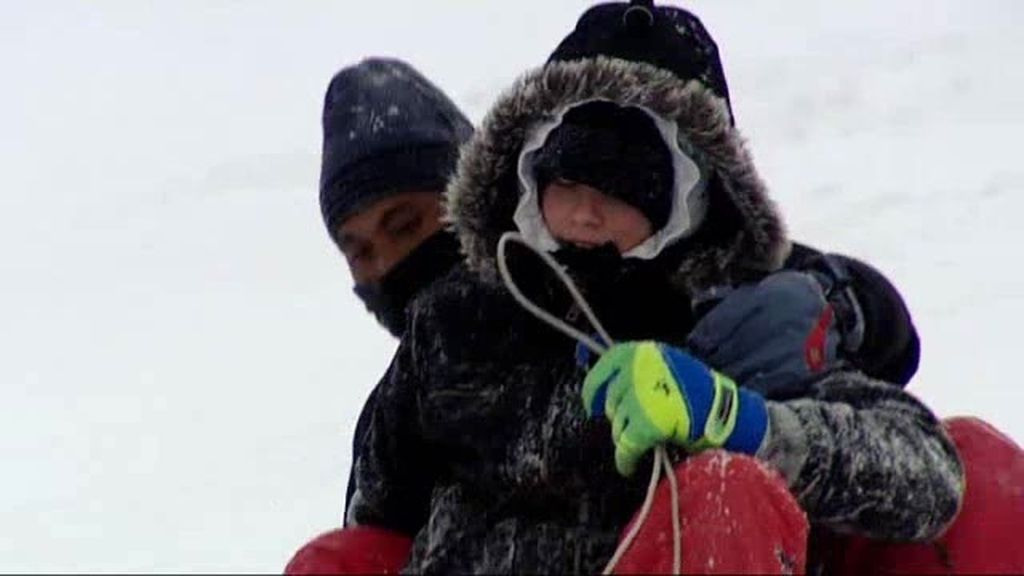 Tarde de niños en la nieve