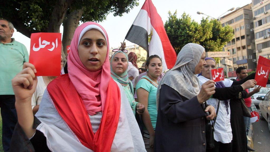 Egipcios protestan contra el presidente Mursi. Foto: Efe