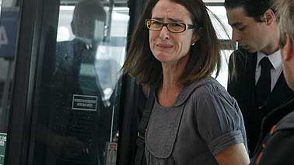 dolor DE LOS FAMILIARES a la llegada al aeropuerto