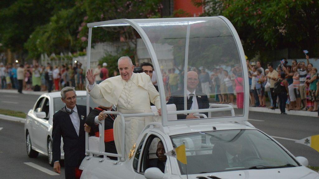Detienen a líderes de la oposición cubana en su intento de ver al Papa