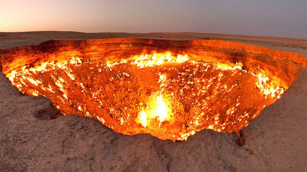 "'Puertas del Infierno"" Derweze, Turkmenistan"