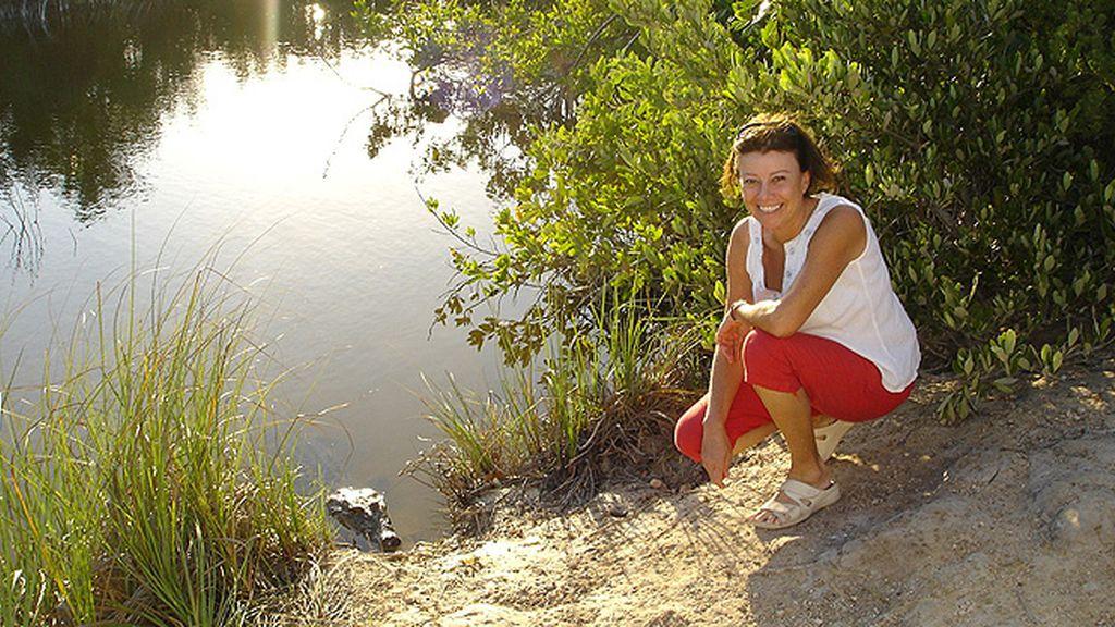Rosa Risoto Luque - A un metro del caimán