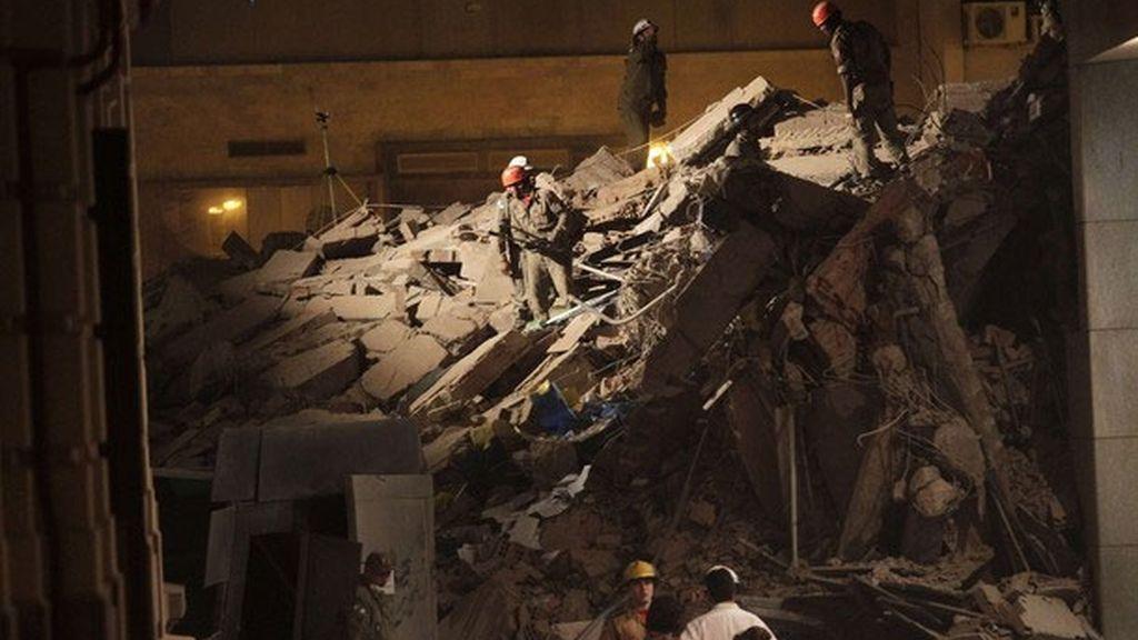 Se derrumban tres edificios en el centro de Río de Janeiro