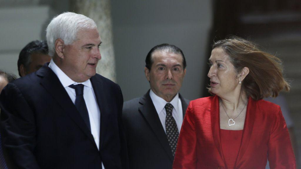 El presidente de Panamá, Ricardo Martinelli y la ministra española de Fomento, Ana Pastor