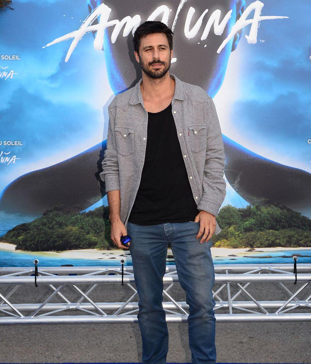 El actor Hugo Silva no faltó a la presentación del espectáculo 'Amaluna'