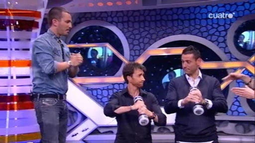 Andrés Palop aprende a tener unos brazos tersos en la teletienda