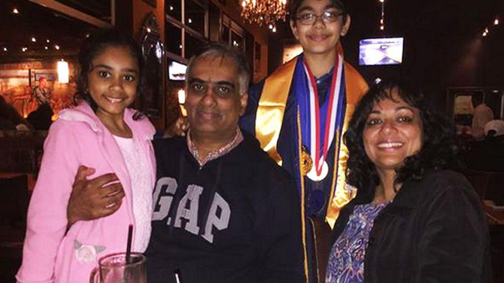 Un niño de 11 años se gradúa de la universidad con tres diplomas en EEUU