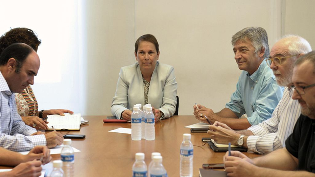 La futura presidenta de Navarra, Uxue Barko, presidide la reunión de los representantes de Geroa Bai