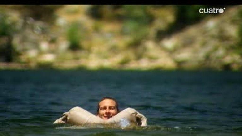 Sierra Nevada, California:  ¿Cómo cruzar nadando un lago de 800 metros?