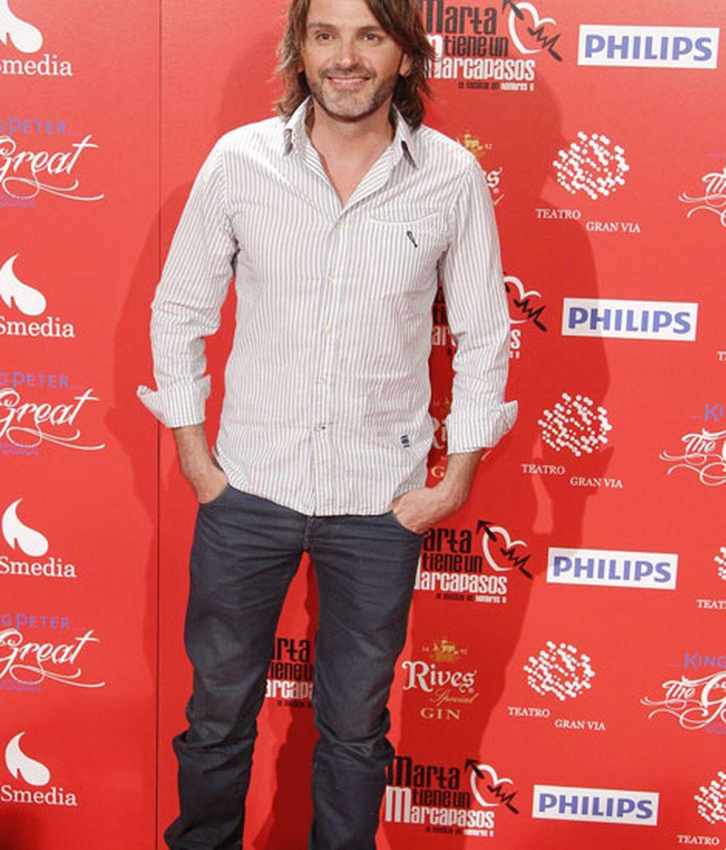 Fernando Tejero eligió un look sencillo