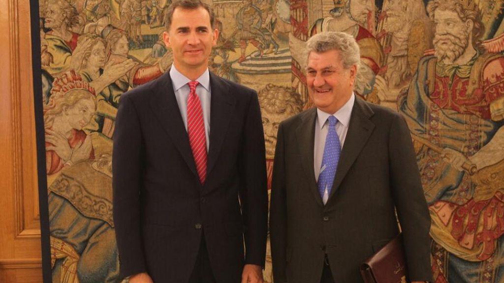 El rey Felipe VI recibe al presidente del Congreso