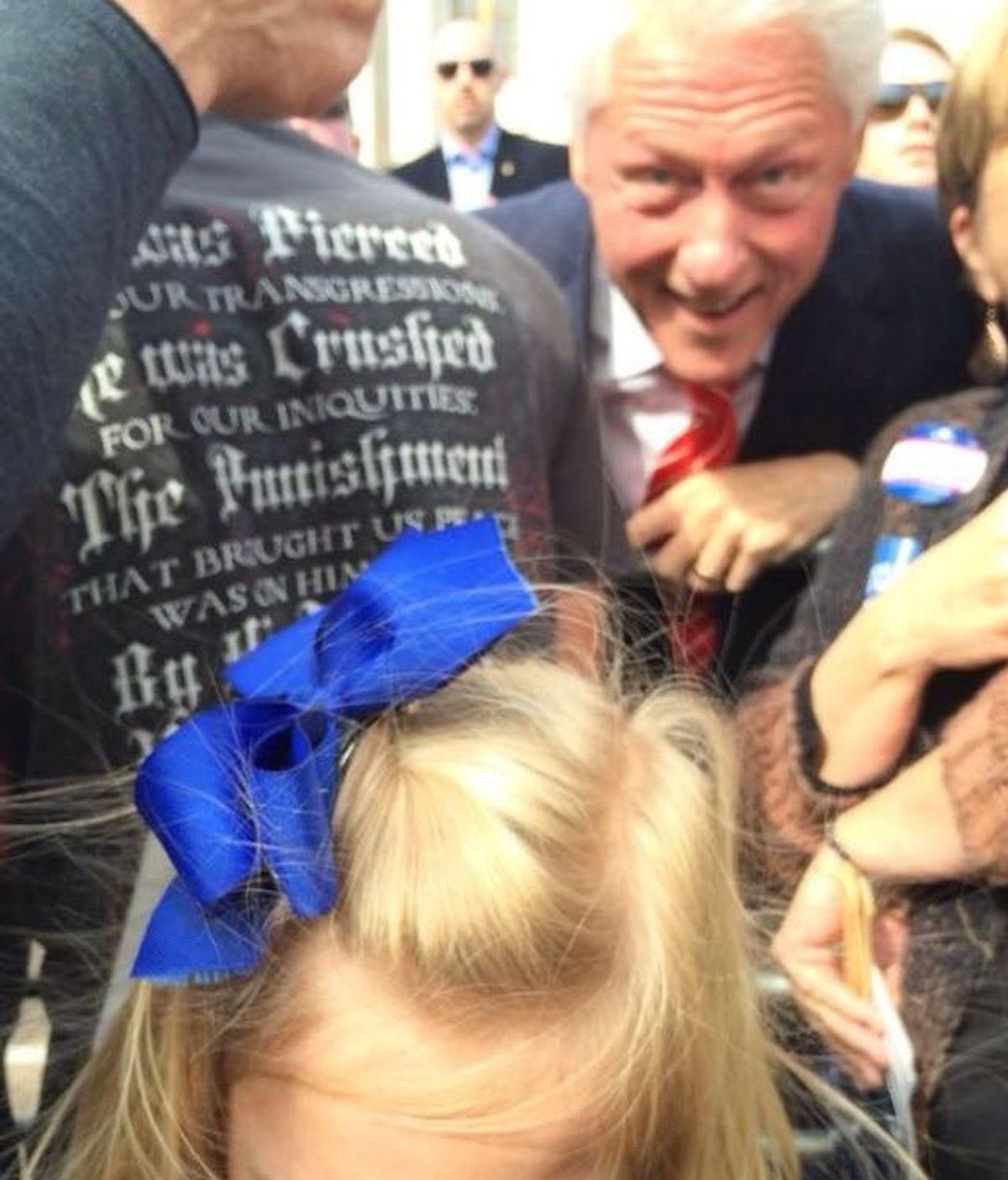El photobomb de Bill Clinton