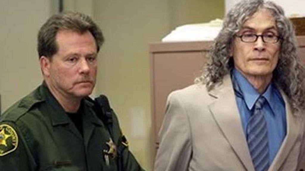 Alcala fue declarado culpable de cinco asesinatos