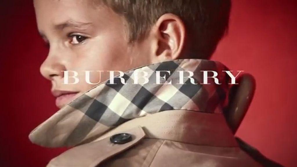 Burberry apuesta por Romeo Beckham para su campaña