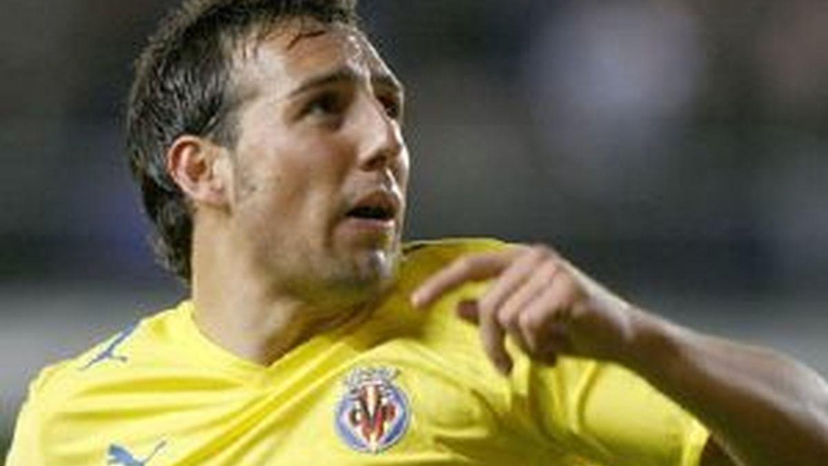 Cazorla reconoce que están nerviosos por ganar el primer partido de Liga. Foto: EFE