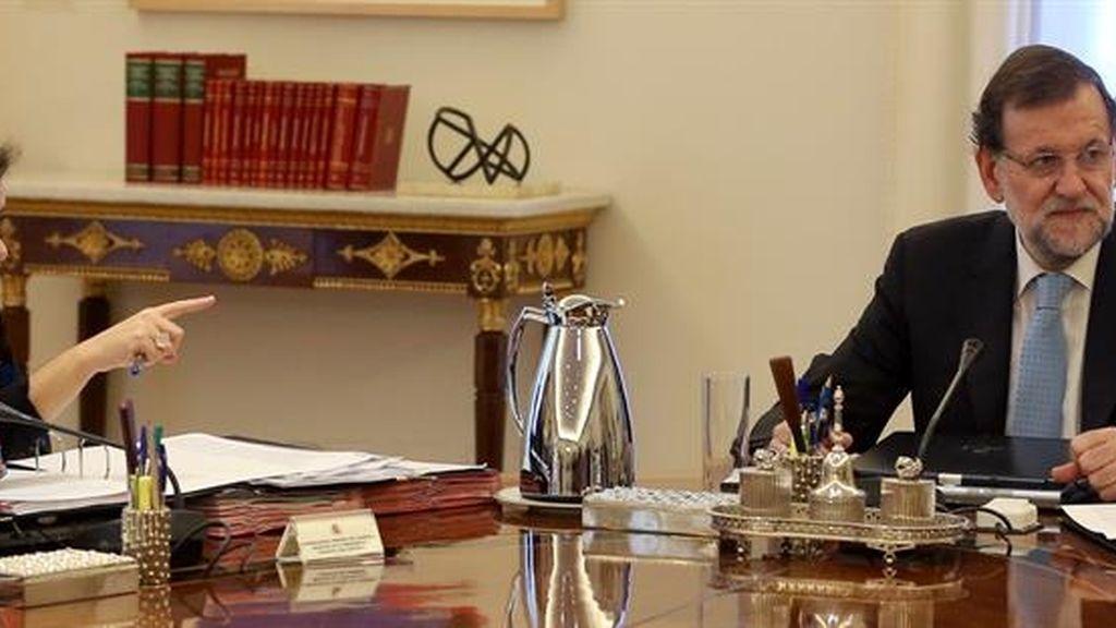 Mariano Rajoy y Soraya Sáenz de Santamaría en el Consejo de Ministros