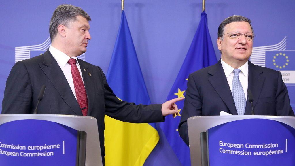 """Barroso anuncia que la crisis en Ucrania se acerca a """"punto de no retorno"""" y anuncia más sanciones a Moscú"""