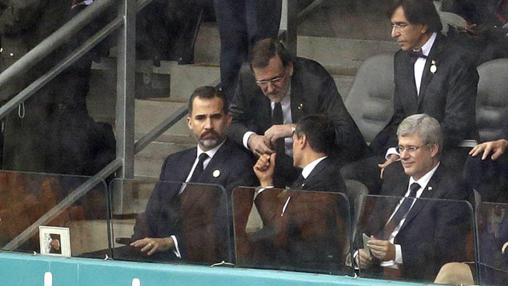 Rajoy y el príncipe Felipe en el funeral de Madiba