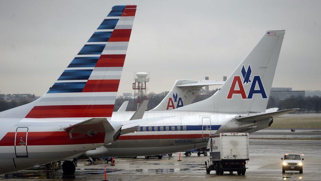 Un piloto de American Airlines  muere en pleno vuelo