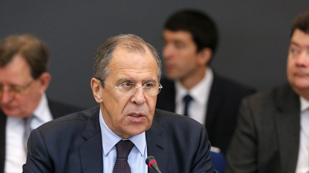 """Lavrov lamenta que EEUU se comporte """"como si hubiese ganado la Guerra Fría"""""""