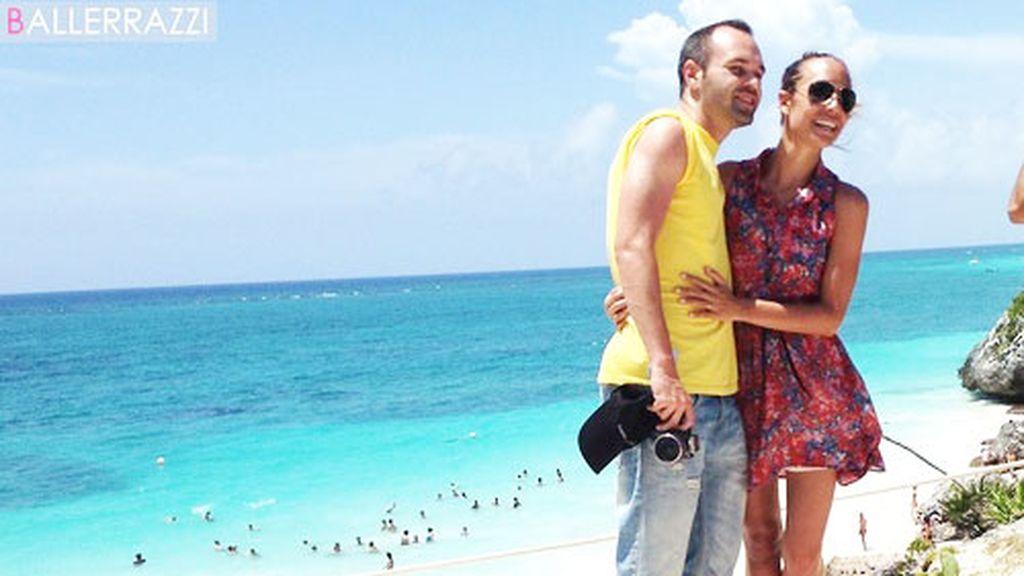 Andrés Iniesta y Anna Ortiz en Cancún