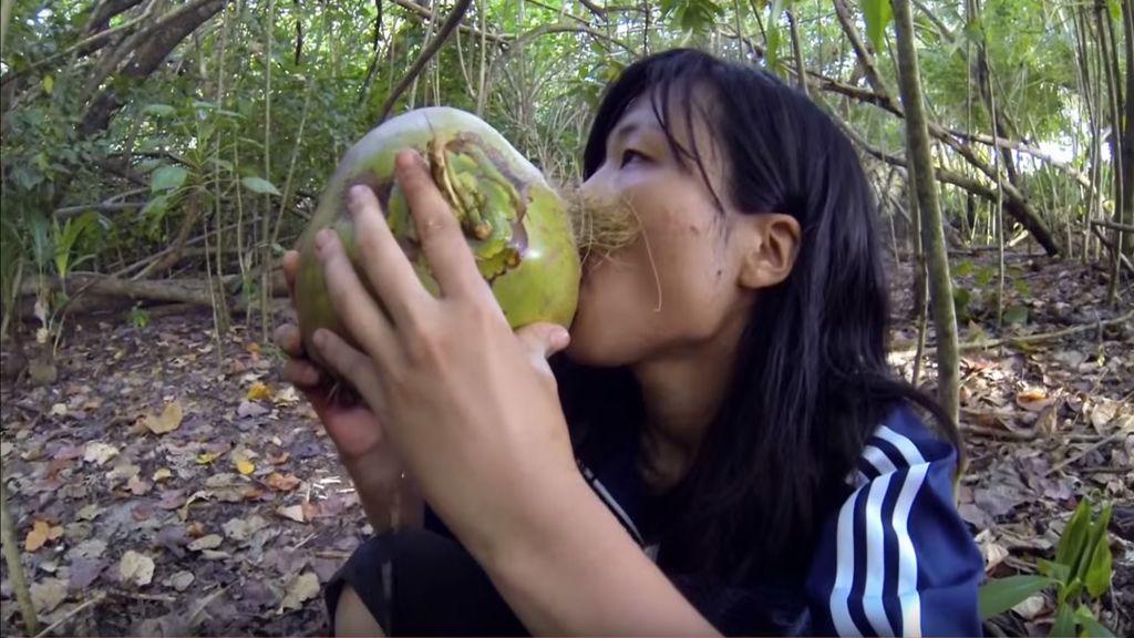 Reikko Hori, 'náufraga' en Indonesia