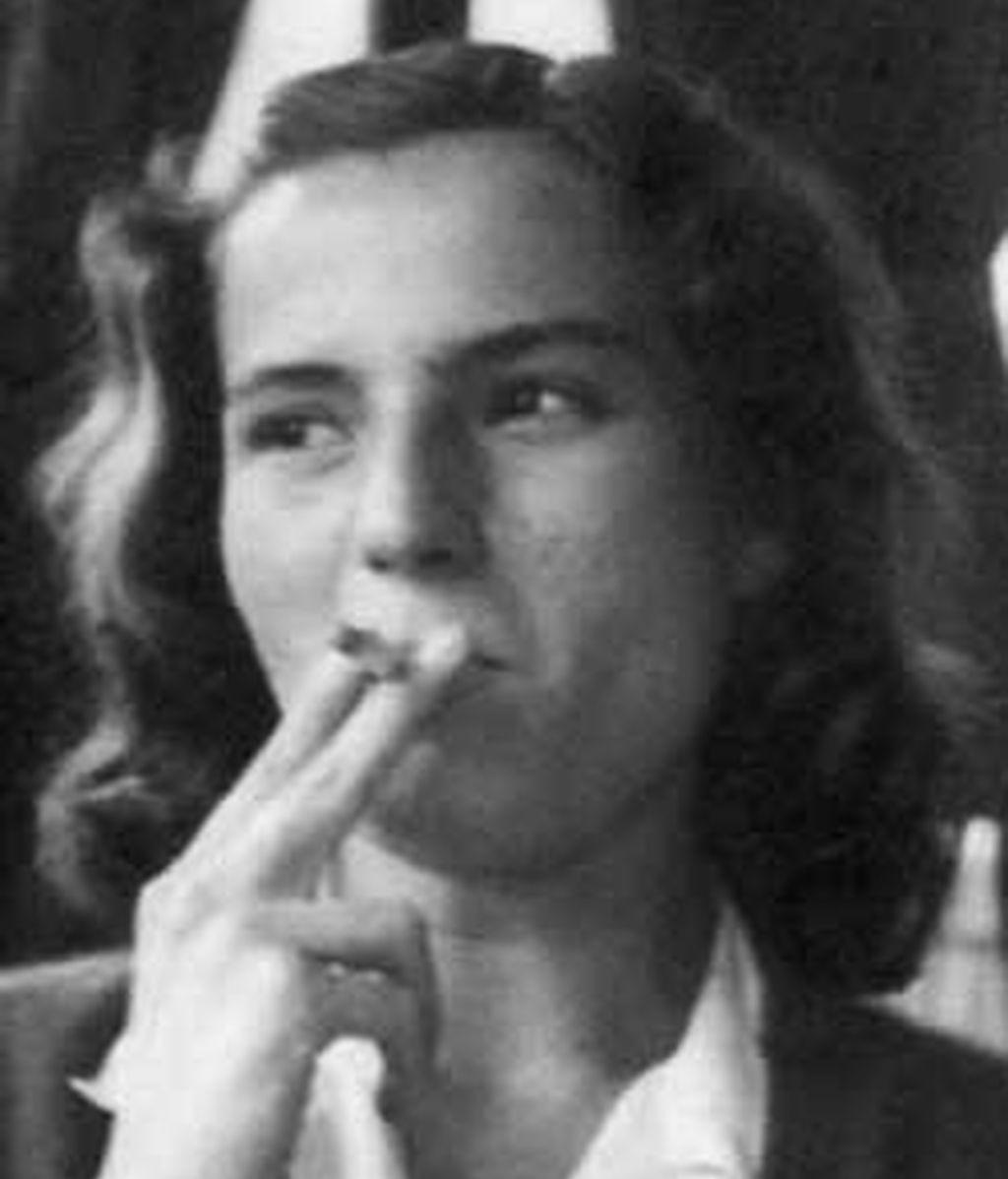 Carmen Laforet consiguión hace 65 años el premio Nadal con la novela 'Nada'.